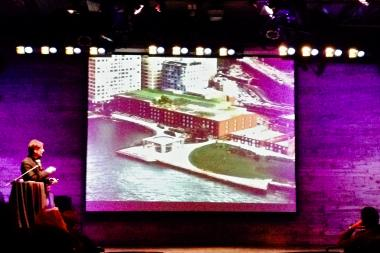 Architect Jay Valgora presented his plans for the Empire Stores redevelopment at a DUMBO community meeting Monday night.