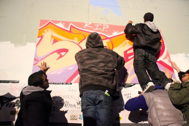 A group of taggers were arrested after tagging the 5Pointz building Wednesday evening, according to volunteers from the art space. Police did not immediately have information about the arrests.