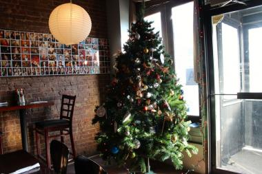 "Eight restaurants in Long Island City will host ""angel trees"" from now until Dec. 23, 2013 to collect gifts for kids in the shelter system."
