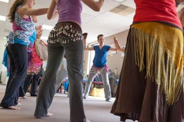 Brooklyn Height Prenatal is hosting a workshop that incorporates belly dancing to prepare women for labor.