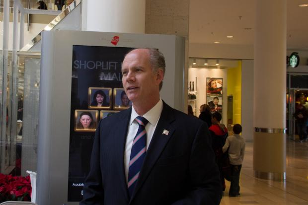 The Staten Island Mall and District Attorney Dan Donovan unveiled a campaign that shows mug shots of shoplifters around the mall.