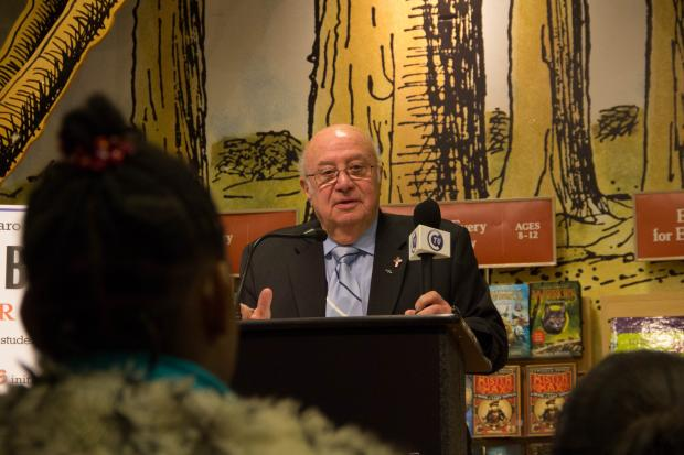 Barnes and Noble gave nearly 4,000 books to Staten Island school libraries with their annual holiday toy drive.