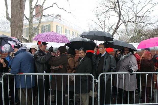 De Blasio supporters waited outside for two to three hours Sunday afternoon for a chance to see inside Gracie Mansion and shake the new mayor's hand.