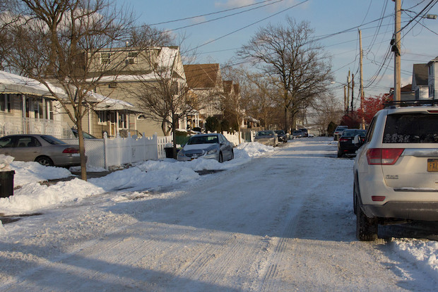 Residents of the borough blasted de Blasio's on snow removal on Thursday.
