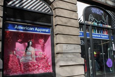 A thief stole 31 pairs of pants worth $2,600 from this Upper West Side American Apparel on Feb. 8, 2014, police said.