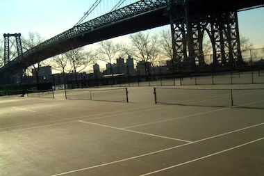 A tennis bubble has been proposed to cover some or all of the 12 courts in East River Park.