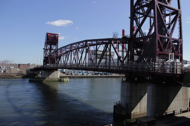 Roosevelt Island Bridge will close intermittently on Friday.