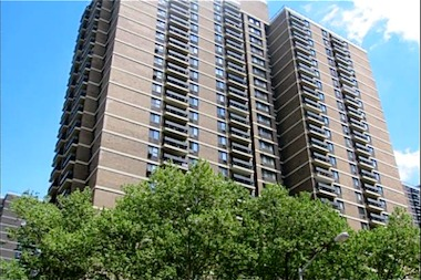 Southbridge Towers, a longtime affordable housing complex, is deciding whether to privatize its apartments.