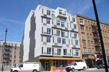 2 Bedrooms Rent For 1 060 In Uptown Housing Lottery Inwood New York Dnainfo