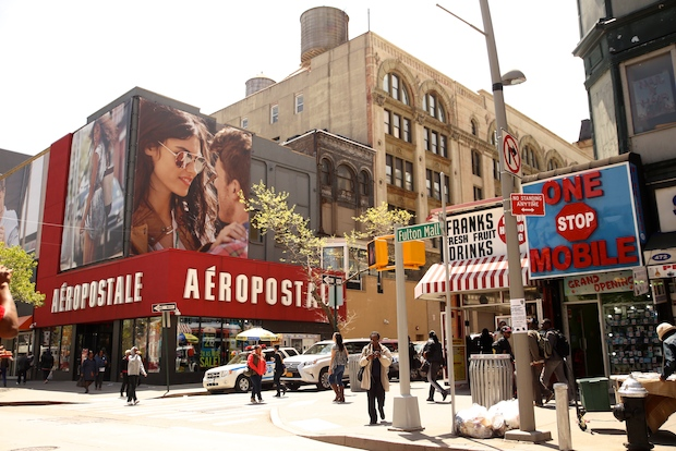 dd5877ff2d3 Chain Stores Surge into Downtown Brooklyn - Downtown Brooklyn - New ...