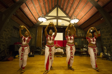 "The National Women's Dance Troupe of Sri Lanka will stage a ""Pahim Path Mangalya,"" a performance in which Kandyan dance students showcase what they've learned, for the first time in the United States."