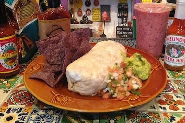El Barrio Burritos will open Saturday on Franklin Avenue with a menu full of Mexicali burritos, tacos and sides. The restaurant will also serve smoothies and a lot of vegetarian and vegan options, its owners said.