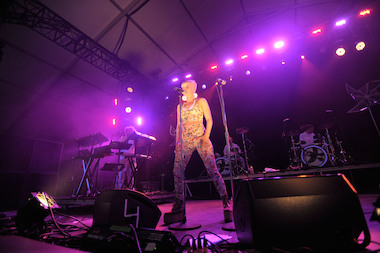 The Fray Robyn To Play Summer Concerts On Pier 97 Hell S