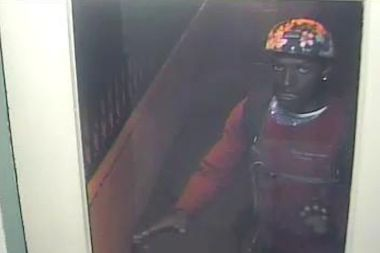 A burglar stole several rings and earrings from a Forest Hills apartment, police said.