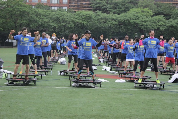 More than 300 New Yorkers gathered at Asphalt Green to break a record set in 2012.