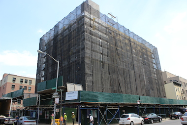A hotel is under construction at 9 Beaver St.