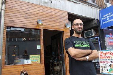 Many Bushwick coffee shops don't have signs — and aren't in a hurry to get one.