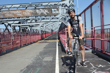 New York City is host to several bike routes that offer a cool breeze into Manhattan.