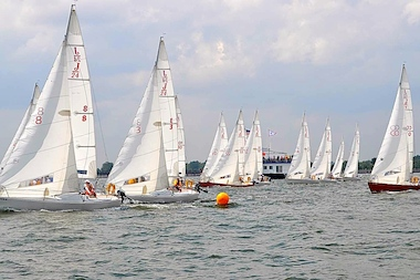 International teams will race through New York Harbor this weekend. Pictured here is the 2009 race.