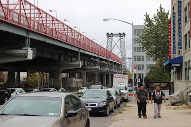 The city is considering adding a carpool lane to the Williamsburg Bridge as part of alternatives during the L train shutdown.