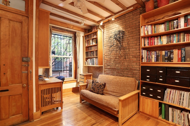 "A Clinton Hill ""treehouse,"" an UWS garden duplex and a Cobble Hill ""cottage"" offer urban oases."