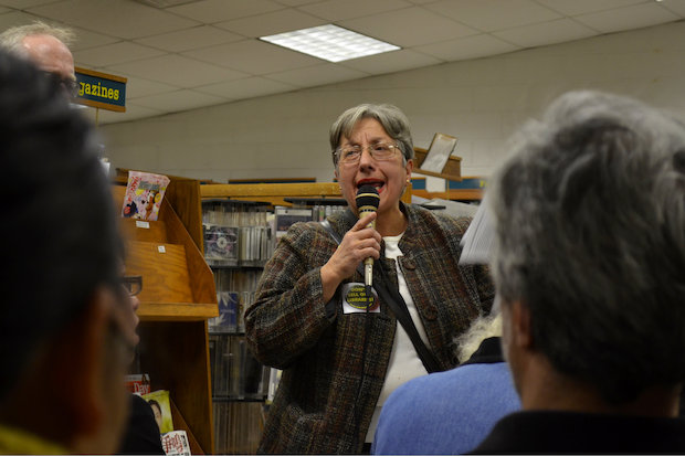 Dozens of residents voiced their anger against a proposal to demolish the Sunset Park Library and build a new library with affordable housing above it at the site Monday night.