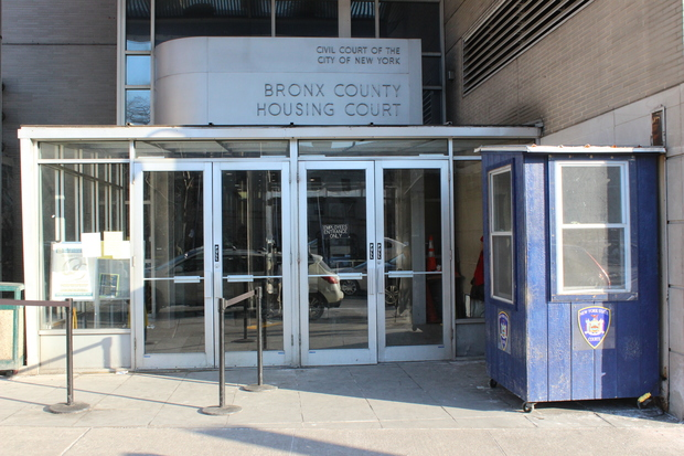 Comptroller Blasts Housing Courts Excessive Wait Time For Translators Concourse New York Dnainfo