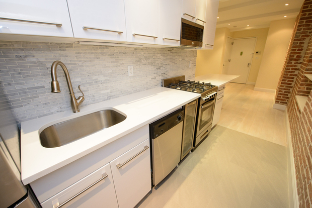 41 W  24th St 4 500  Affordable Luxury  Apartments Have Heated Floors and Wine  . Affordable Luxury Apartments In Nyc. Home Design Ideas