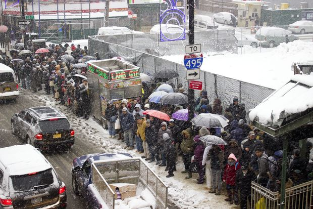 The entire 7 train was shut down because of ice on the third rail near Queensboro Plaza on Feb. 2, 2015.