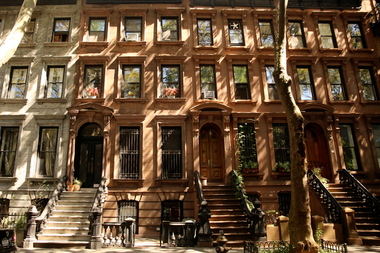 The average cost of a two-bedroom in Fort Greene went from $3,678 in January to $4,163 in February, realtors said.