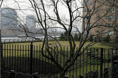 The park at Sutton Place South won't be completed until fall 2016, the Parks Department said.