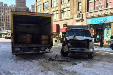 A van driver lost control of his vehicle and bumped into a delivery truck, hurting a traffic agent who was standing nearby on March 6, 2015. The accident happened on 30th Street and Broadway.