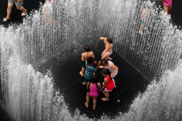 Play In Giant Sprinklers And Maze Of Mirrors In Brooklyn