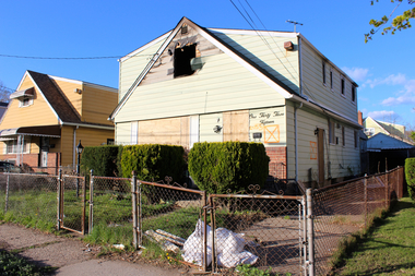 An abandoned home at 133-15 160th St. in Queens.