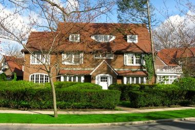 Rego Park And Forest Hills Home Prices Jump 27 Percent In Past Year Report Forest Hills New