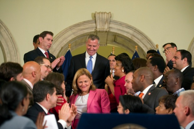 he NYPD will get 1,300 new police officers and the city's libraries will all be open six days per week under the terms of a $78.5 billion budget deal announced at CIty Hall by Mayor Bill de Blasio and Council Speaker Melissa Mark-Viverito late Monday.