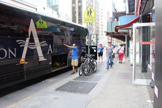 The DOT is working on where to put a Hampton Jitney stop around 86th Street and Lexington Avenue.