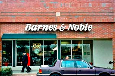 Barnes Noble May Soon Close Its Last Store In Queens