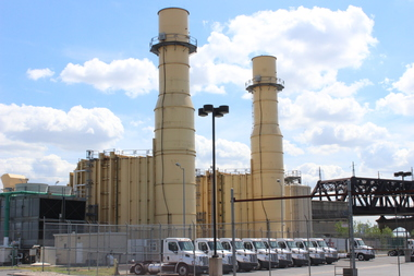 A group of Bronxites want to hold a public hearing on two power plants in the South Bronx.