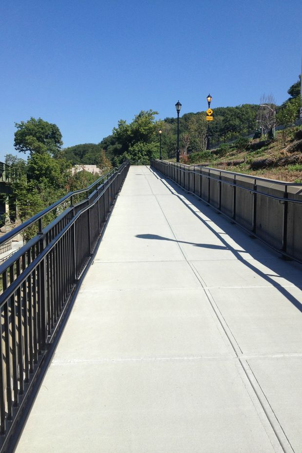 A bike ramp connecting Dyckman Street to the Hudson River Greenway opened to the public.
