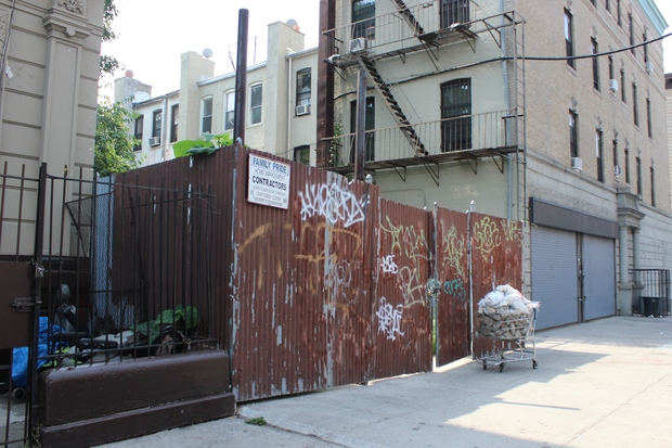 Crown heights vacant lot sold for crown heights for 125 crown terrace