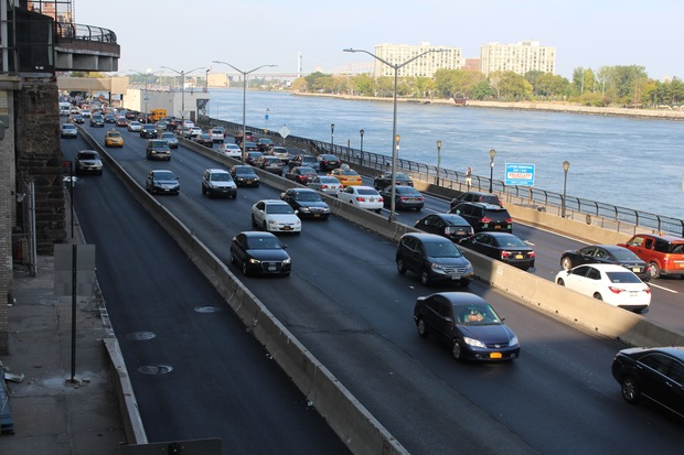Looking northbound on FDR at East 71st Street.