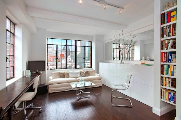 Three starter apartments in Manhattan to see this weekend.