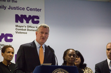 Mayor Bill de Blasio announced the groundbreaking of the Staten Island Family Justice Center, which plans to open early next year after several delays.