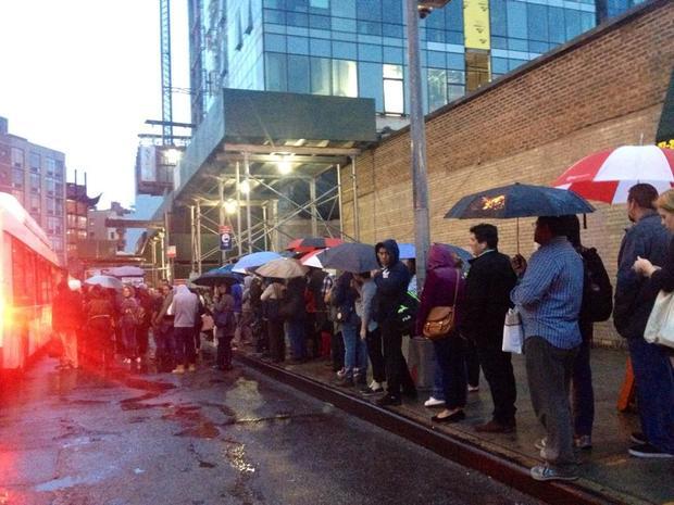 7 Train Shutdown Leaves Commuters Stranded in Rain