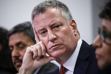Mayor Bill de Blasio's penchant for using helicopters to beat traffic resulted in a Little League game being shut down.