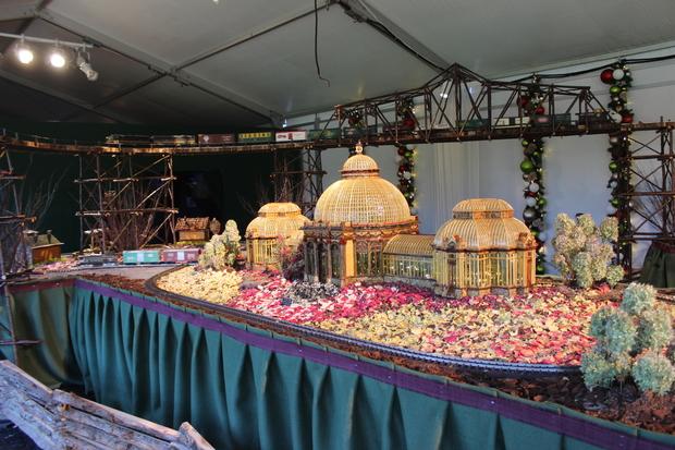 Photos Holiday Train Show Coming Soon To New York Botanical Garden