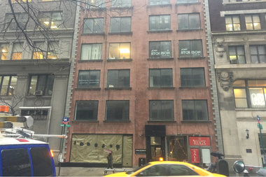 A developer is planning to tear down this building to make way for a 21-story residential project that will include 21 below-market-rate units.