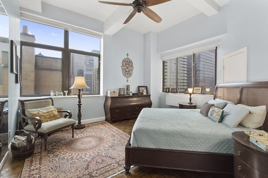 This 1-bedroom at 310 East 46th St. is listed for $1.095 million, which is roughly the median for all of Manhattan apartments in 2015, according to CityRealy.
