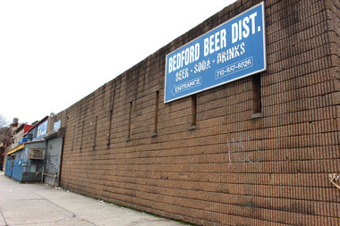 A new six-story, 28-unit building is set to replace the former beer distributor site on Bedford and Gates avenues.